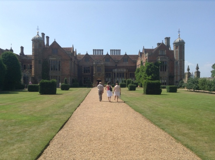 Long gravel drive up to Charlecote House