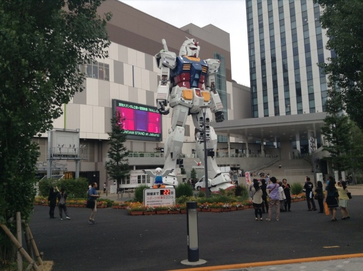 Large statue of Mighty Gundam robot