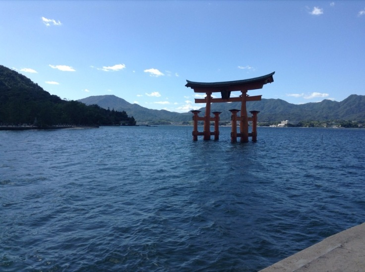 Miyajima floating gate, mountains behind the water