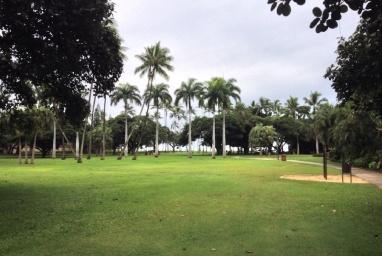 Beach park, Honolulu