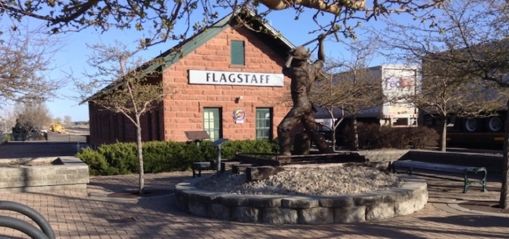 Flagstaff sign at the railway station