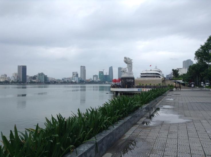 Da Nang, Han riverside