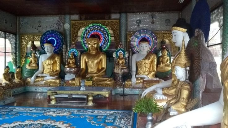 Buddhas with decorations