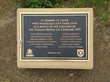 Plaque commemorating Tasman bridge disaster, 1975.