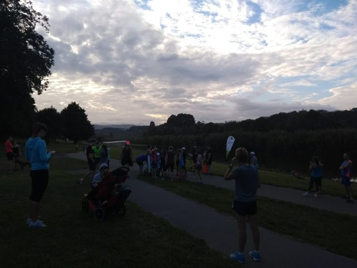 Runners gather by the start.