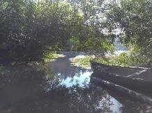 The entrance to Weston lake
