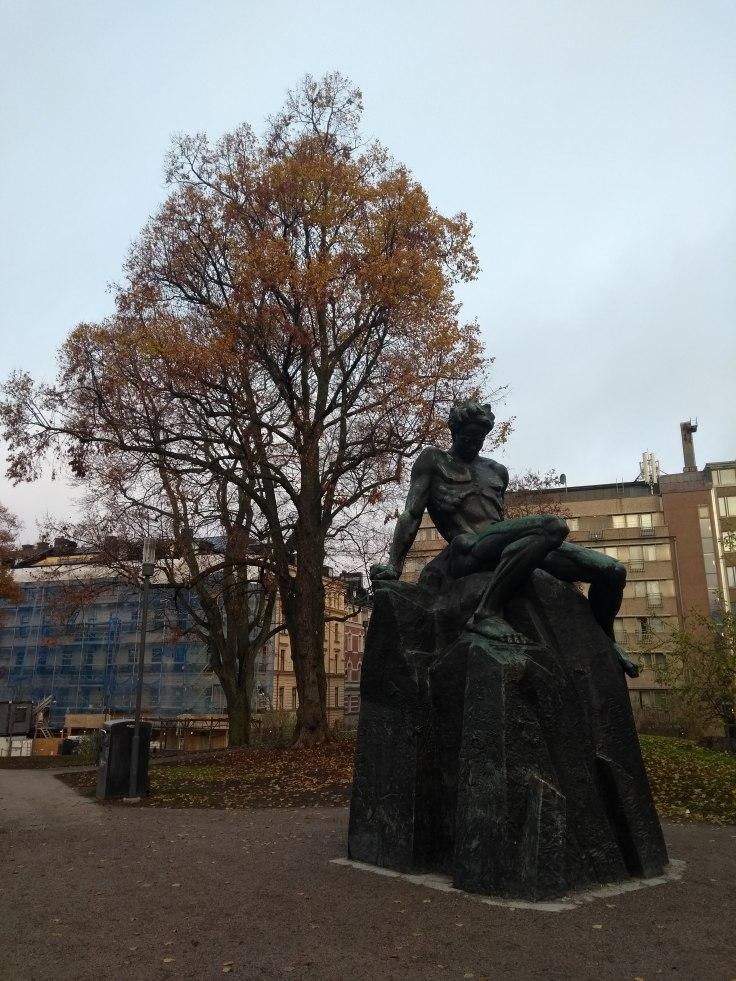 Staty av Carl Eldh