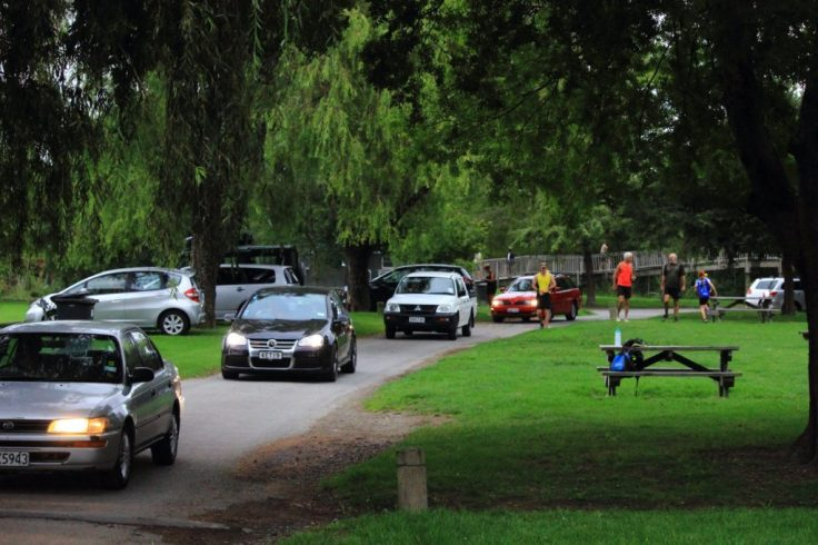 Cars arriving, Otaihanga domain – not much before 8am