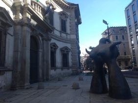 Statue, Palazzo del Senato, Milan