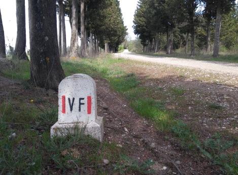 VF stone route marker