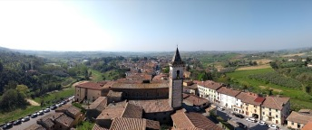 Panoramic view of Vinci and the fields that surround it