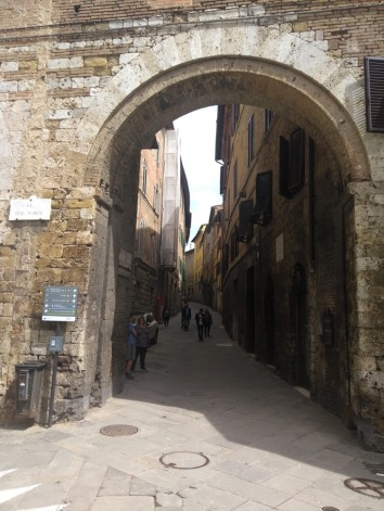 Le Due Porte, Siena