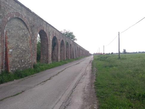 Medici aqueduct, en route to Pisa