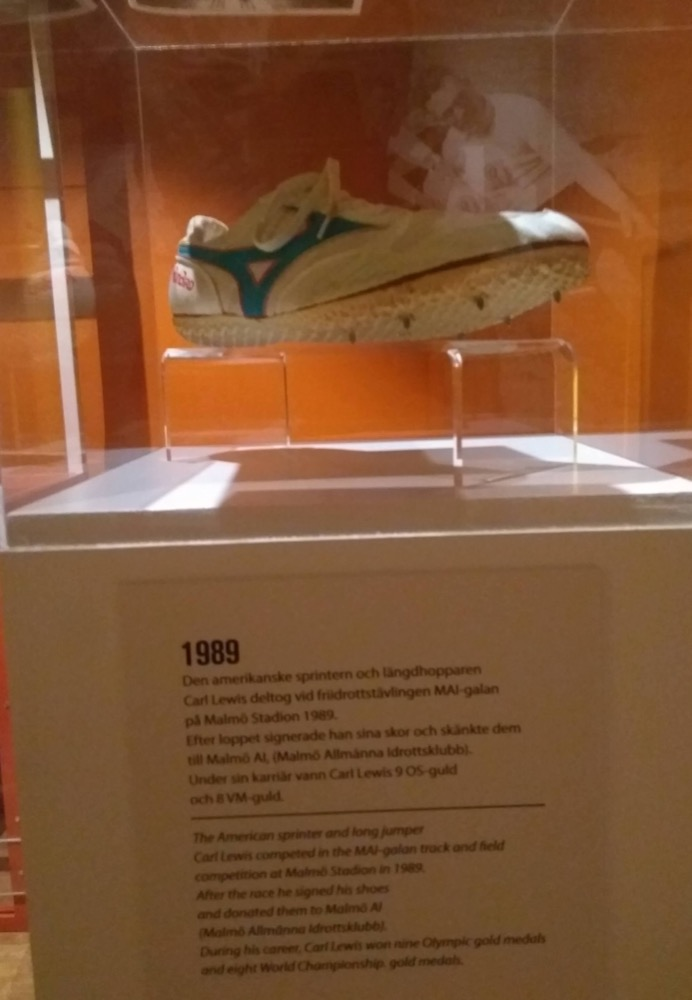 Carl Lewis' spike shoe